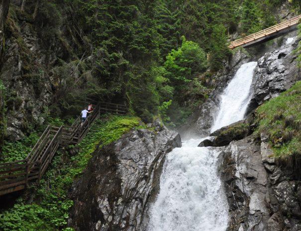 Wasserfall, copyright Ewald Siebenhofer